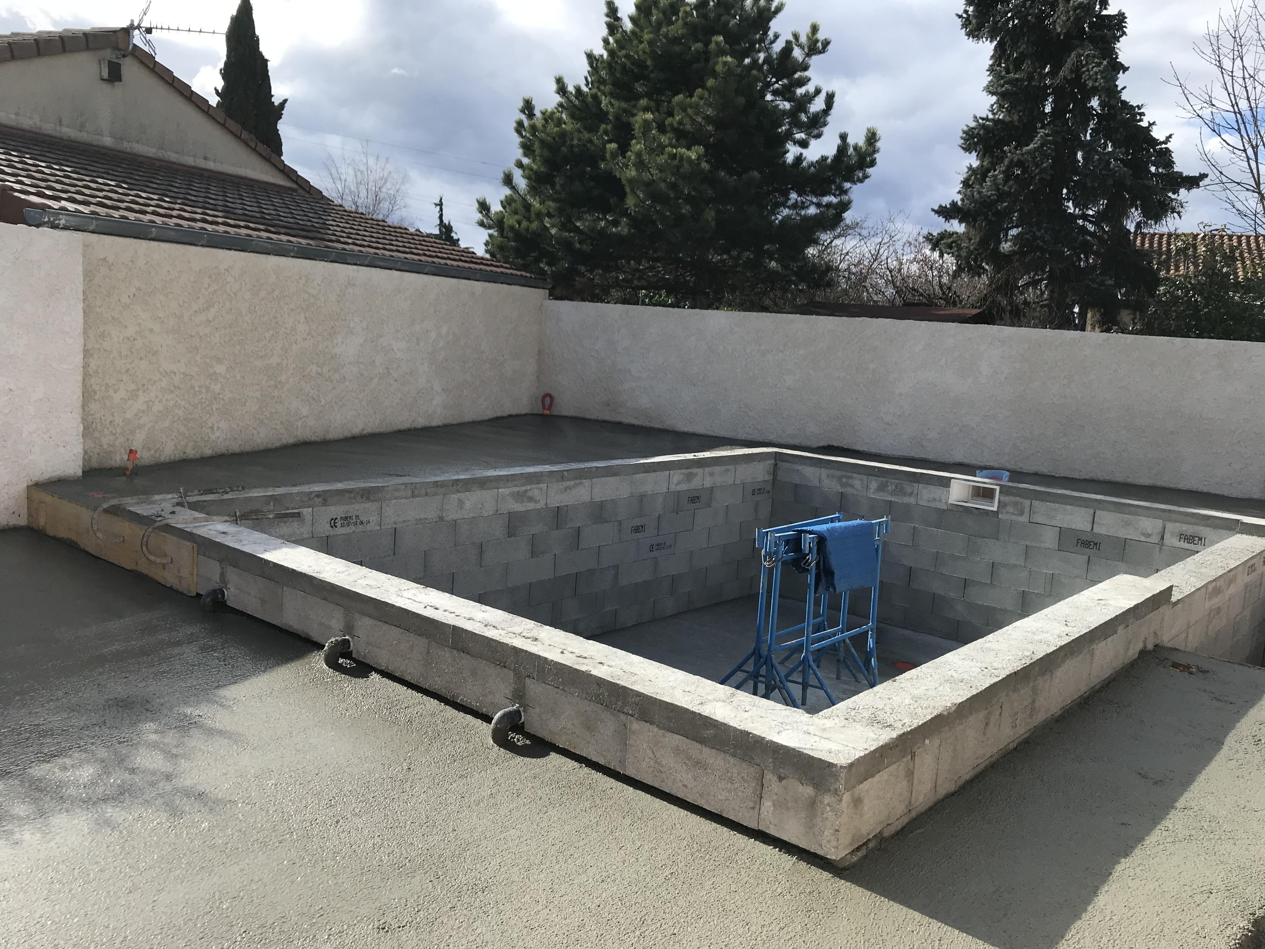 Construction D Une Piscine construction piscine drôme : piscine entérrée, sur mesure